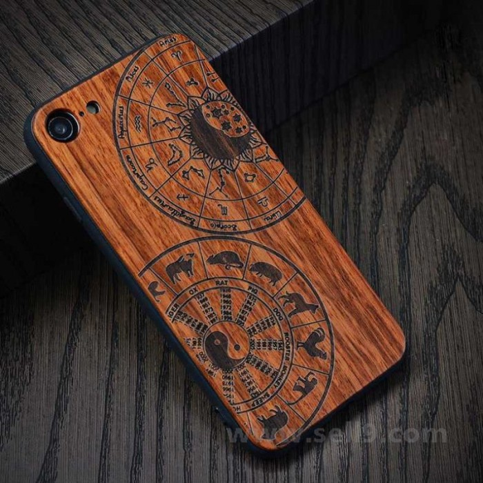Genuine wood Astrolabe iPhone 7/8 case in store