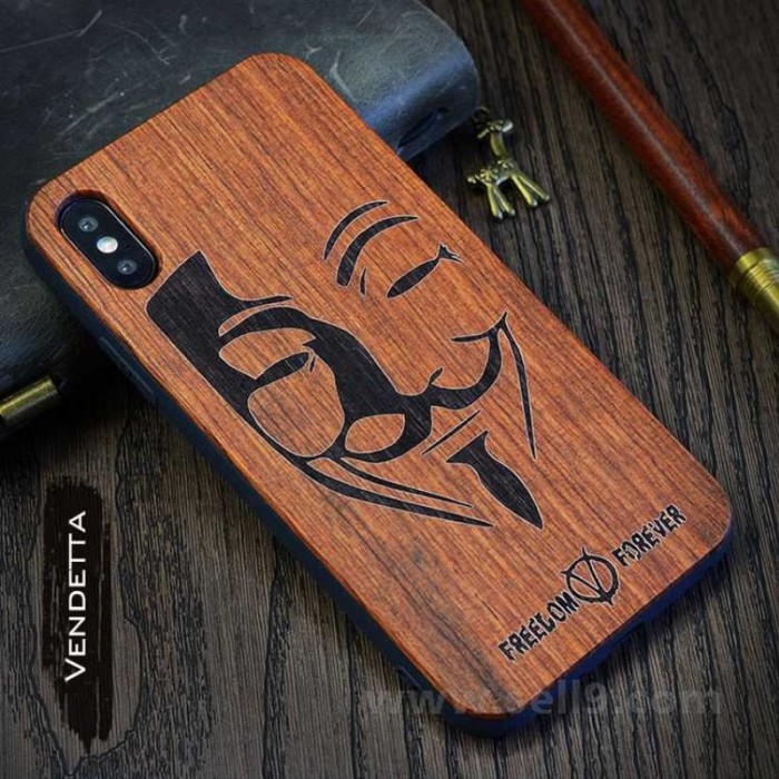 Genuine wood Vendetta iPhone X case in store